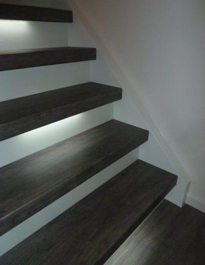 1.7_ Treppenbeleuchtung_ LED_ Stufenbeleuchtung_ indirektes Licht_ Dimmer