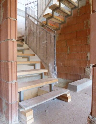 4.6_ Treppenrenovierung_ Hacienda Eiche - Weiß_ Betontreppe_ Blockstufe 6